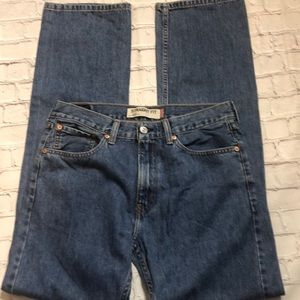 Levi's 505 straight fit jeans size 32/34
